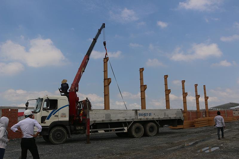Quá trình lắp dựng cột